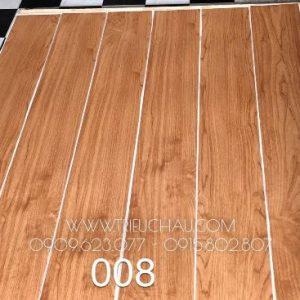 Sàn nhựa vân gỗ có keo sẵn 2mm mã 008