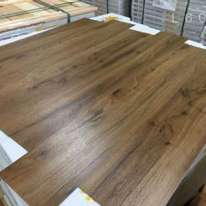 Sàn nhựa vân gỗ Winton L6050