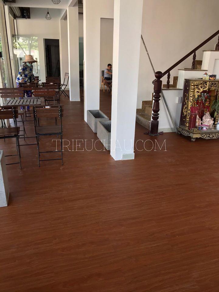 Thi công 100m2 sàn nhựa ZY708-3 tại quán cà phê Tô Hiêu, quận Tân Phú 3